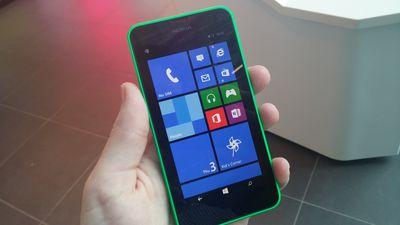 Nokia lança vídeo promocional do Lumia 635