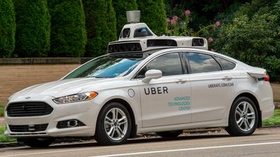 Pedestre morre ao ser atropelada por carro autônomo da Uber nos EUA