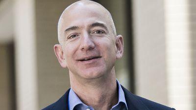 Homem mais rico do mundo, Jeff Bezos cria fundo de US$ 2 bi para caridade