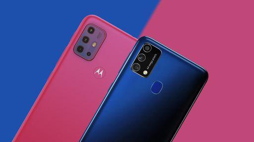 Moto G20 vs Galaxy M21s: uma escolha entre tela fluida ou cores mais vívidas