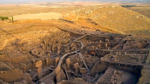 Construído há 12 mil anos, templo Gobekli Tepe segue intrigando arqueólogos