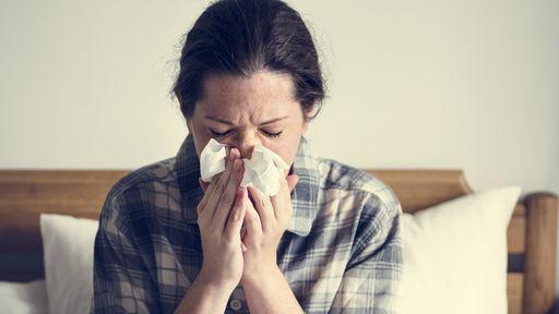 É rinite, gripe ou COVID-19? Saiba diferenciar