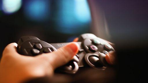 Games: jogar no monitor ou na televisão?
