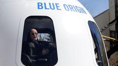 Blue Origin procura profissional para guiar experiência turística espacial