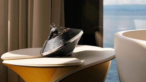 Louis Vuitton lança caixa de som com visual de disco voador e preço astronômico