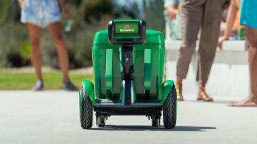 Heineken cria cooler-robô para mudar o seu jeito de tomar cerveja