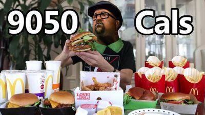 """Este youtuber tentou comer cardápio monstruoso de """"GTA San Andreas"""""""