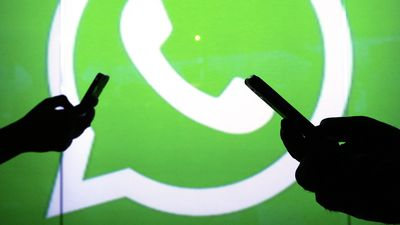 WhatsApp diz ser impossível reduzir o número de encaminhamentos antes da eleição