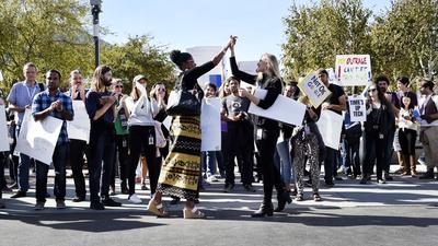 Funcionários da Google criam campanha contra lei anti-processo por assédio