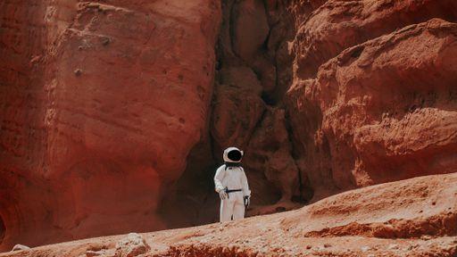 Viagem tripulada a Marte é possível desde que dure menos de 4 anos, diz estudo
