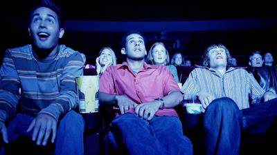 """Startup """"força"""" usuário a assistir anúncios em troca de ingressos para o cinema"""