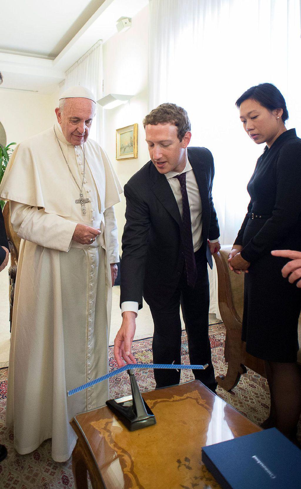 Mark Zuckerberg e Papa Francisco