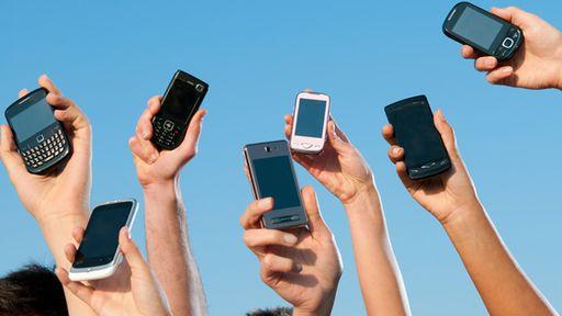 Venda de celulares no Brasil fica estável no segundo trimestre