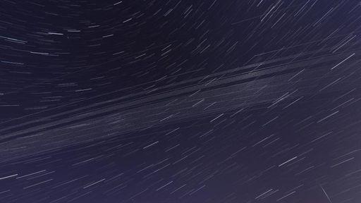 Poluição luminosa gerada pelo crescente número de satélites preocupa astrônomos