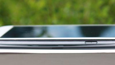 Galaxy S3 Slim chega ao Brasil sem grandes novidades