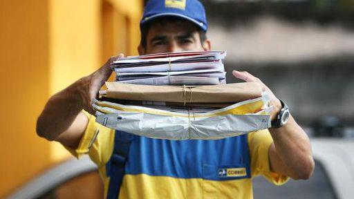 Governo inicia estudos para privatizar Correios, Telebrás e outras sete estatais