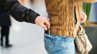Pesquisa indica que 40% dos internautas brasileiros já tiveram o celular roubado