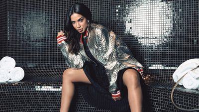 "Anitta bate recordes no Spotify, YouTube e iTunes com ""Vai Malandra"""