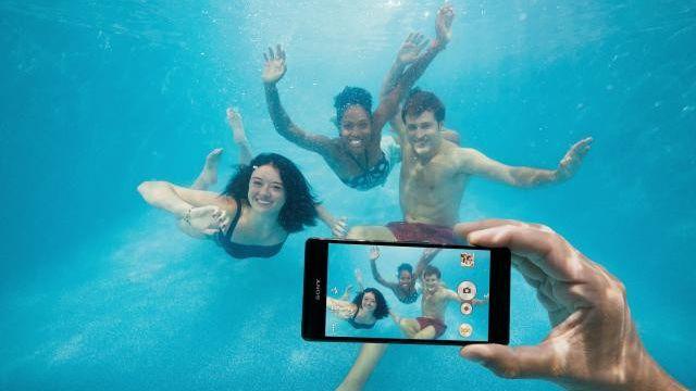 Sony alerta: não use seu Xperia à prova d'água para tirar fotos subaquáticas