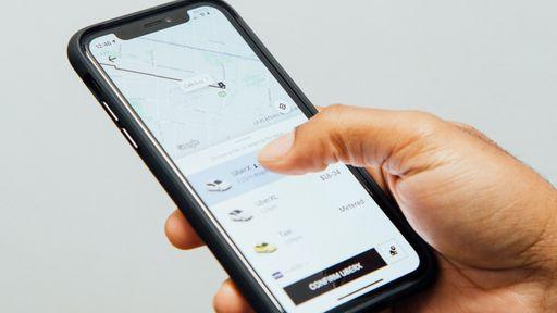Justiça brasileira não reconhece vínculo empregatício entre Uber e motorista