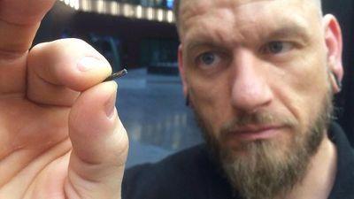 Empresa sueca implanta microchips nas mãos de funcionários