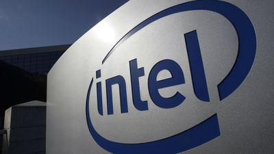 Números mostram que Intel está estagnada em criar vagas para mulheres e minorias