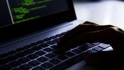 Documentos revelam como a CIA espionava até mesmo computadores desconectados