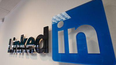 EUA acusa China de recrutar espiões por meio de perfis falsos no LinkedIn