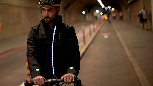 Ford cria jaqueta inteligente focada na segurança dos ciclistas