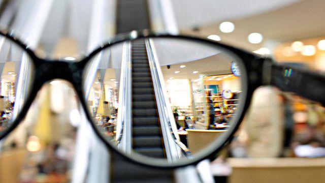 50% população mundial terá de usar óculos em 2050 por excesso de tecnologia  - Mercado d5e656dcf6