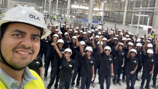 Maior fábrica de scooters do mundo vai empregar apenas mulheres