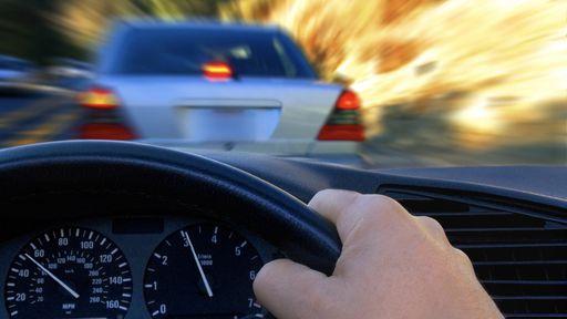Alarme para despertar motoristas dorminhocos