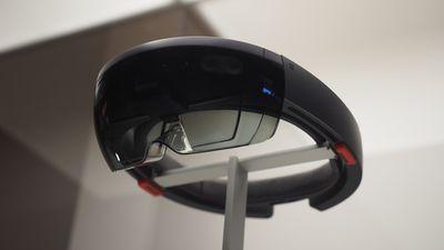 Pesquisadores testam técnica de neurocirurgia assistida por HoloLens