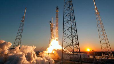 SpaceX lançará 71 satélites em combate à pirataria marítima e pescaria ilegal