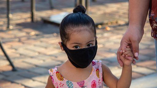 Propagação da COVID-19 entre crianças ainda é um mistério entre os cientistas