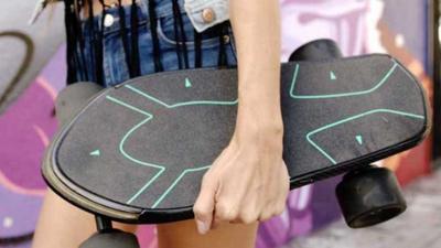 Conheça o Spectra, um skate elétrico com inteligência artificial
