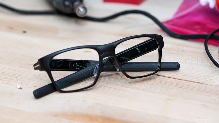 c3bf8f0b66f7c Intel interrompe a produção dos óculos inteligentes Vaunt - Gadgets