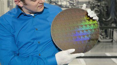IBM apresenta primeiro chip do mundo produzido em 5 nanômetros