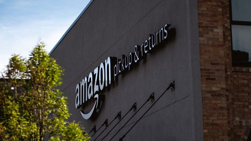 Para atrair mais clientes no Brasil, Amazon disputa mercado de logística