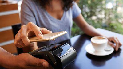 Apple Pay chega ao Banco do Brasil e Bradesco a partir de julho