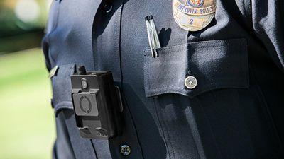 Após acidente, polícia de Nova York suspende uso de modelo de câmera pessoal