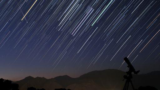 Chuva de meteoros Orionídeas terá ápice durante esta madrugada; Assista ao vivo!