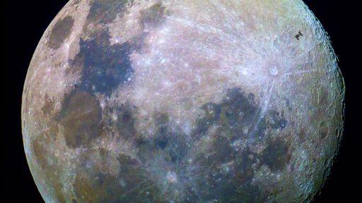 Fotógrafo registra passagem da Estação Espacial sobre a Lua