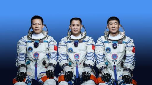 China lança três astronautas para sua nova estação espacial nesta quarta (16)