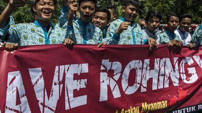 Ativistas dos direitos humanos em Mianmar perdem paciência com o Facebook