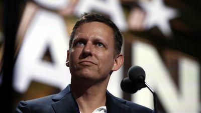 Peter Thiel está frustrado com os valores de esquerda do Vale do Silício