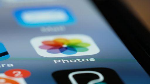 Como ajustar data, hora e localização de fotos e vídeos do iPhone