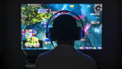 China limita acesso de crianças e adolescentes a jogos a três horas por semana