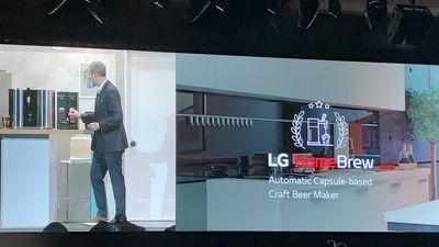 """CES 2019   LG lança máquina de fazer cerveja e """"passadeira"""" inteligente"""