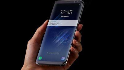 Visual vazado do suposto Galaxy S10 eleva o conceito de tela infinita